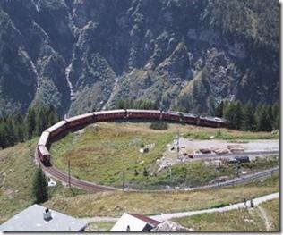 Über den höchsten Bahnhof Europas ins Puschlav....der ideale Einstieg für den Weg von Poschiavo nach Chiavenna.
