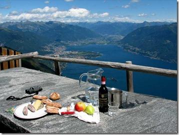 Die Südalpen und den Lago Maggiore im 360 Grad Blick