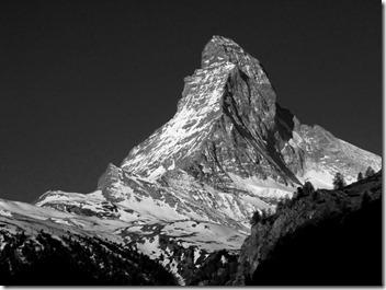 Matterhorn-Zermatt-schwarz-